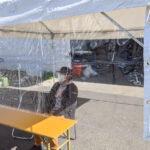 飛沫感染防止用テント横幕(3間・透明) 使用風景2