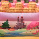ピンクのお城 壁面